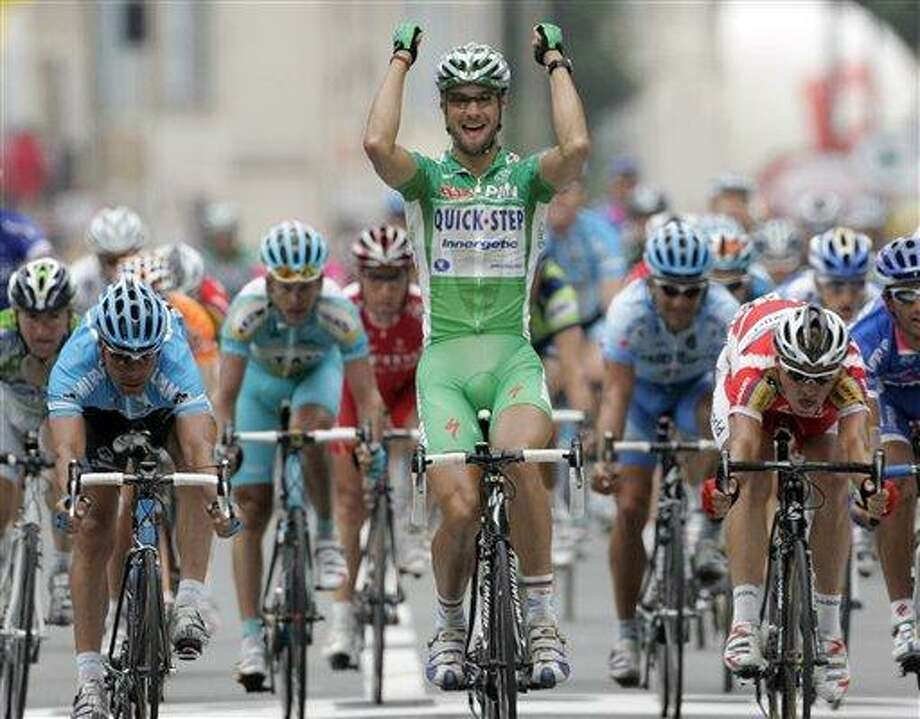 Tom Boonen's sprint to the finish paid off in his second stage win of the 2007 Tour. Photo: CHRISTOPHE ENA, AP