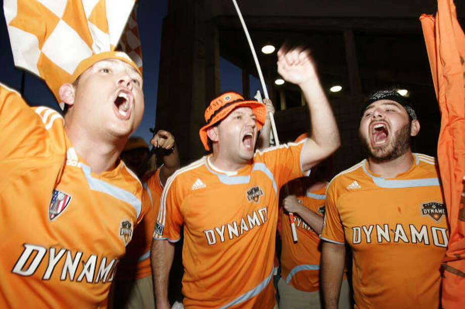 Members of the Texian Army show their support for the Dyamo during SuperLiga 2008 at Robertson Stadium. Photo: Leonardo Carrizo, Houston Chronicle