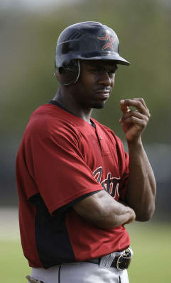 Despite regularly drawing the eye of the pitcher during his 2007 season with the Phillies, Astros outfielder Michael Bourn stole 18 bases in 19 attempts (95 percent). Photo: Karen Warren, Houston Chronicle