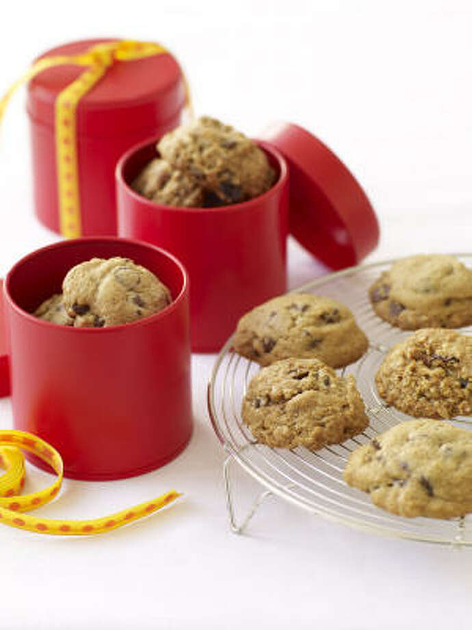 These Classic Chocolate Chip Cookies are gluten-free. Photo: LAKE ISLE PRESS