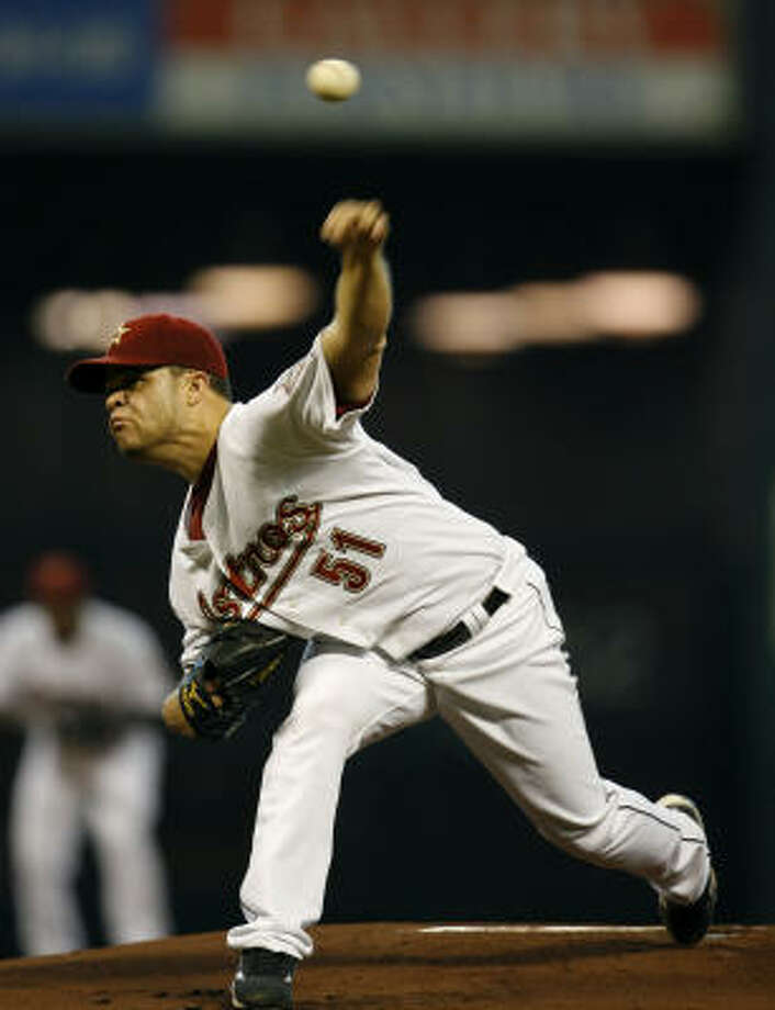 Wandy Rodriguez scattered five hits while striking out 11 Pirates on Wednesday. Photo: Karen Warren, Chronicle