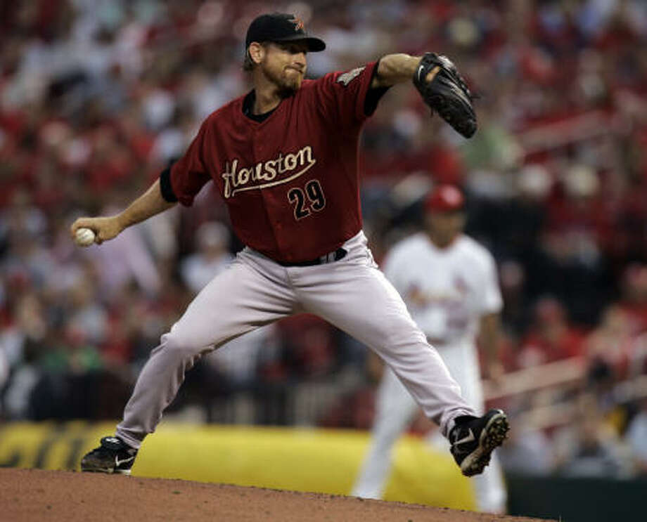 Woody Williams made an emergency start and turned in his best game as an Astro, but it wasn't enough to get past the Cardinals. Photo: Jeff Roberson, AP