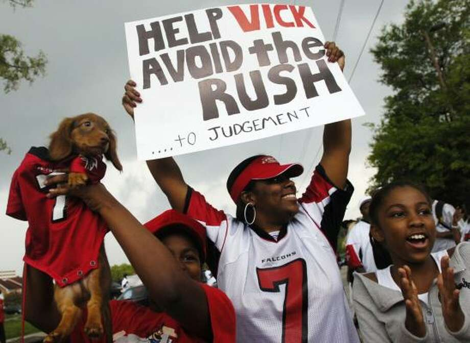 Fans could find out the fate of Michael Vick as early as today as the Falcons QB could accept a plea bargain. Photo: Elissa Eubanks, AP