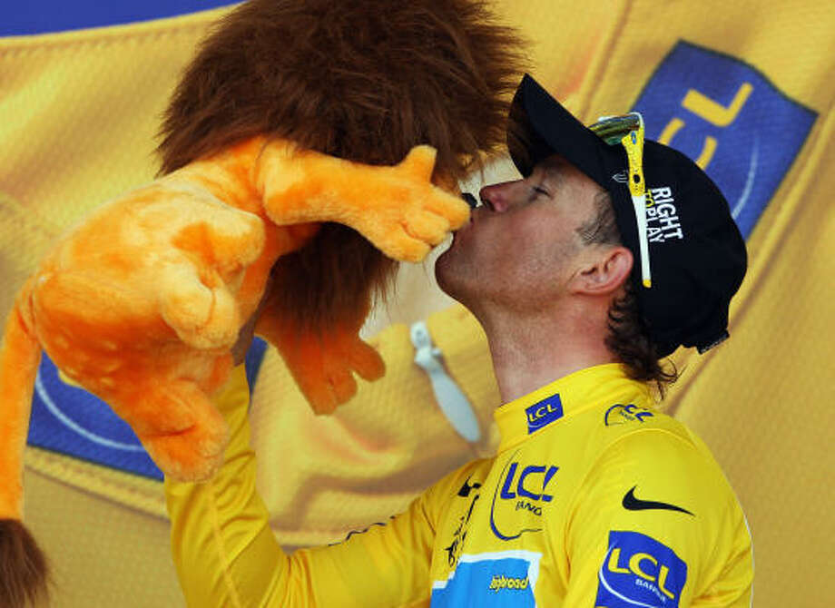 Kim Kirchen of Luxembourg celebrates his capture of the yellow jersey after the sixth stage of the 2008 Tour de France. Photo: Bryn Lennon, Getty Images