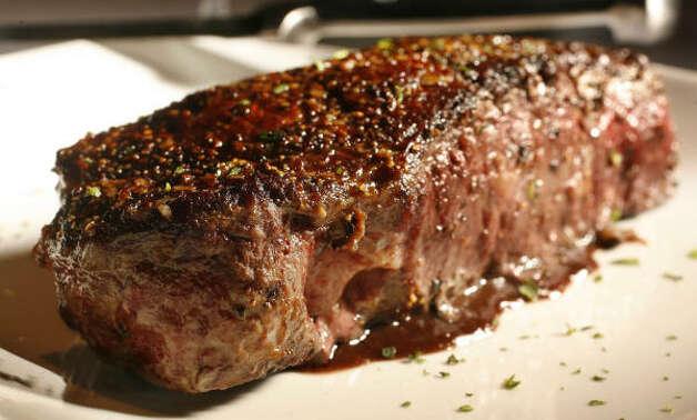 New York strip steak. Photo: Mayra Beltran, Chronicle / HC