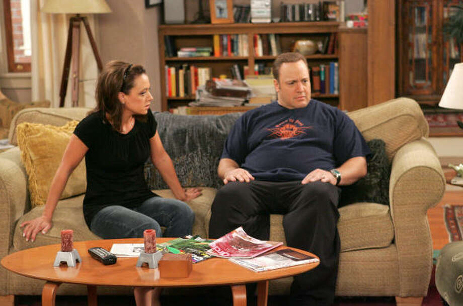 Leah Remini and Kevin James star in The King of Queens, which returns to the CBS lineup April 9. Photo: ROBERT VOETS, CBS