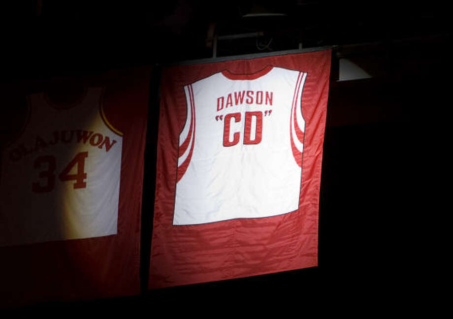 Monday brought a celebration for Rockets GM Carroll Dawson, who is retiring after 27 years with the team. Photo: Smiley N. Pool, Chronicle