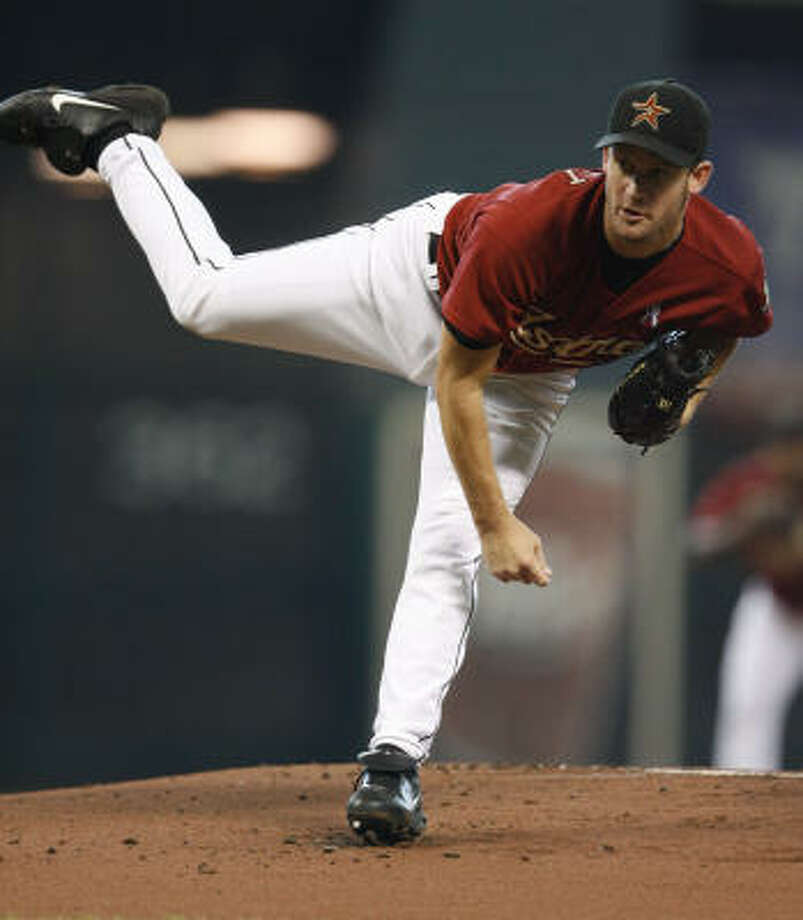 Roy Oswalt allowed seven earned runs in 5 2/3 innings, raising his ERA to 5.42. Photo: Karen Warren, Chronicle