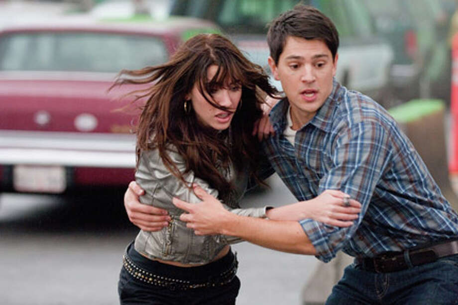 "Jacqueline MacInnes-Wood as Olivia Castle and Nicholas D'Agosto as Sam in ""Final Destination 5."" Photo: DOANE GREGORY / ©2011 New Line Productions, Inc."