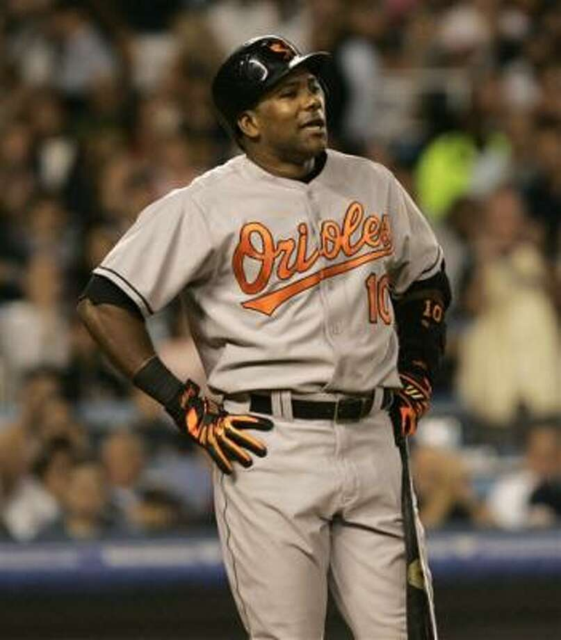 Miguel Tejada said the Astros have the stuff to become a championship team. Photo: Kathy Willens, AP