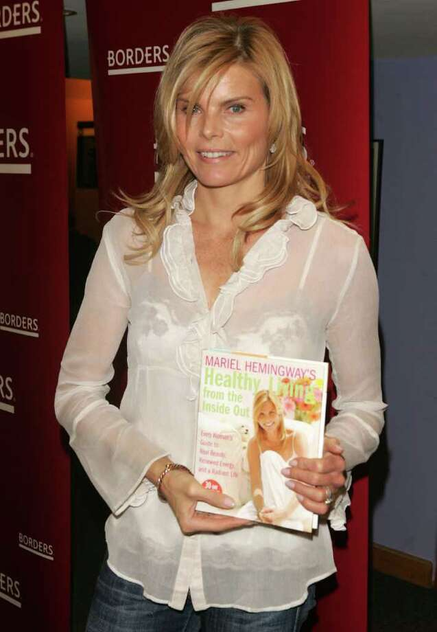 "NEW YORK - JANUARY 04:  Actress Mariel Hemingway makes an appearance at Borders to sign copies of her new book ""Healthy Living From The Inside Out"" on January 4, 2007 in New York City. Photo: Peter Kramer, Getty Images / 2007 Getty Images"