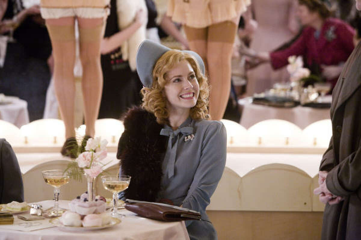 Amy Adams stars as American actress and singer Delysia Lafosse. in Miss Pettigrew Lives for a Day.