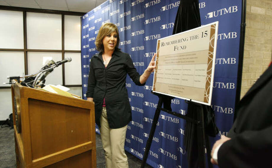 Eva Rowe unveils a plaque at the John Sealy Hospital in Galveston on Thursday honoring those who died at the BP refinery explosion. Rowe lost her parents in the March 23, 2005, explosion. Photo: Aaron M. Sprecher, For The Chronicle