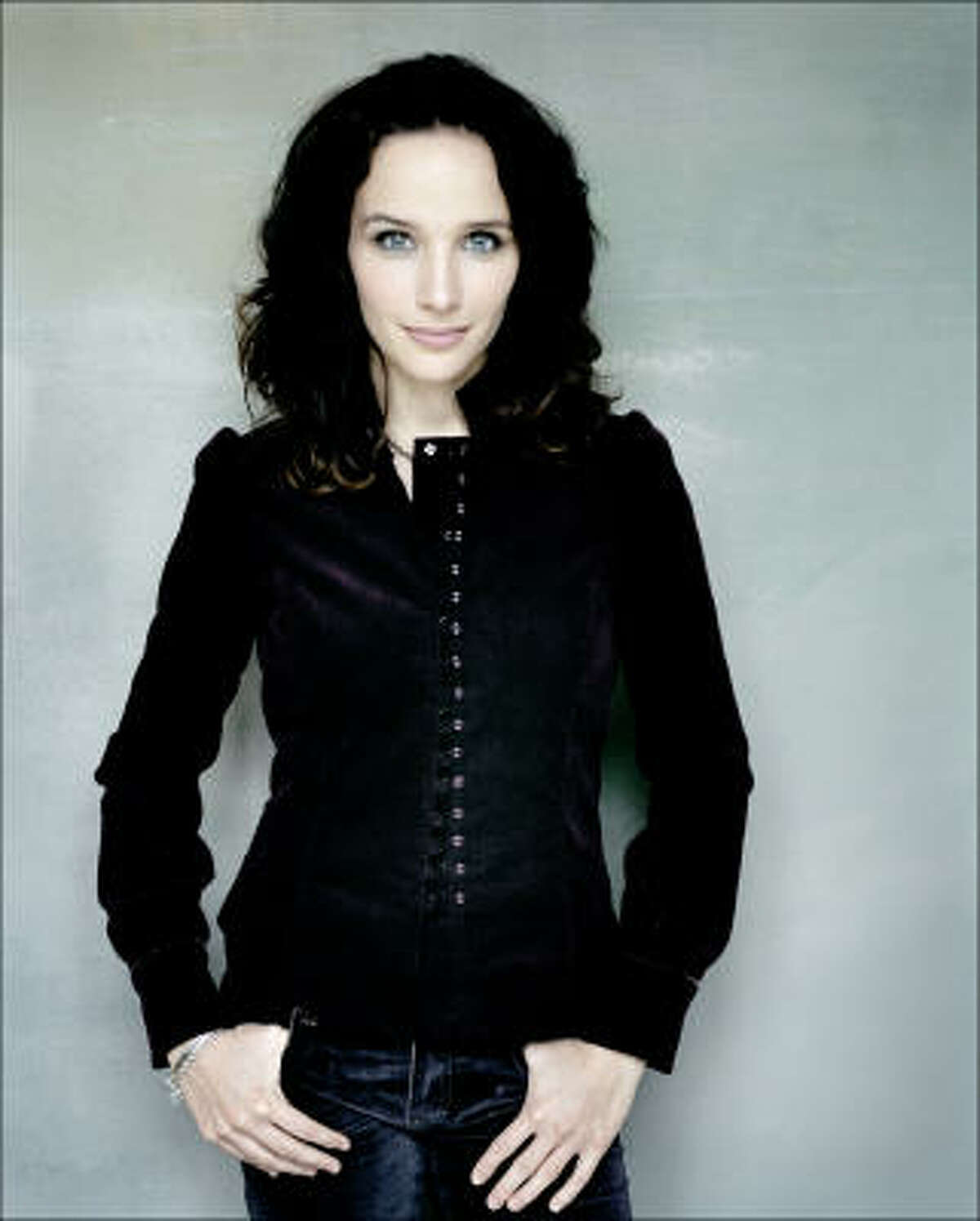 French pianist Hélène Grimaud showed particular delicacy of touch and subtlety of phrasing in the calm second movement of Brahms' Piano Concerto No. 1.