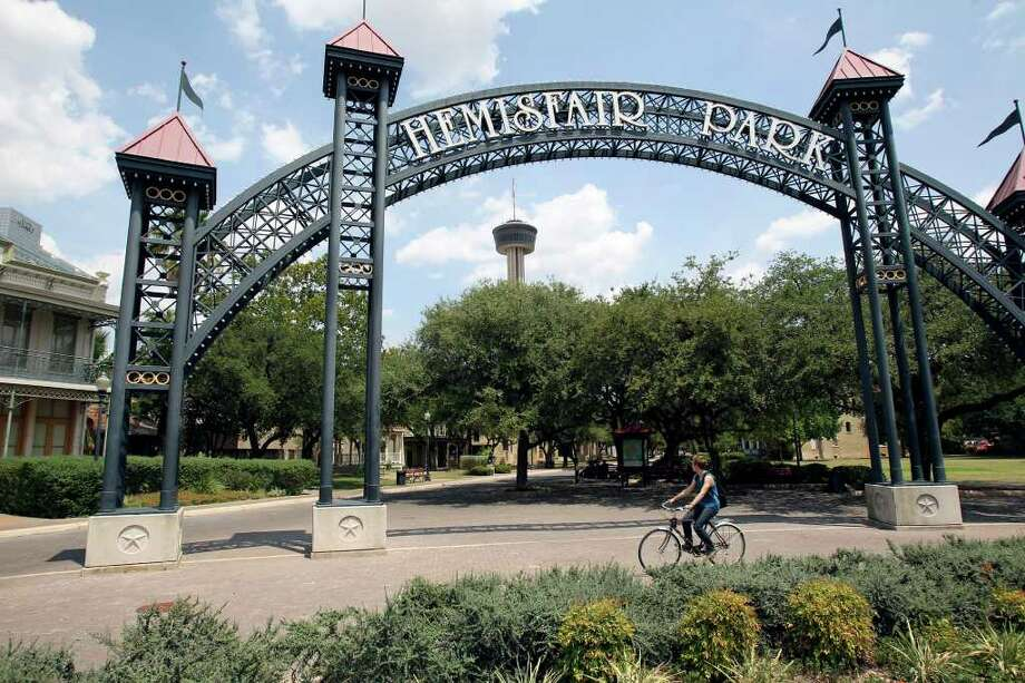 Increased park space at HemisFair Park would make downtown San Antonio more appealing to residents and tourists. Photo: Express-News File Photo / © 2011 San Antonio Express-News