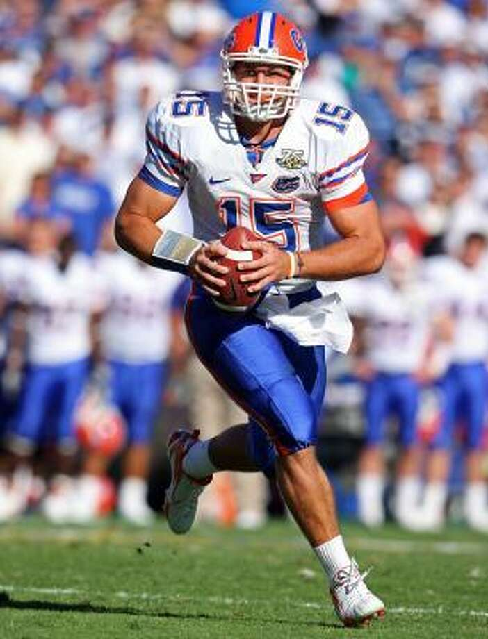 Heisman Trophy winner Tim Tebow and his mother will appear in a controversial ad. Photo: Andy Lyons, Getty Images