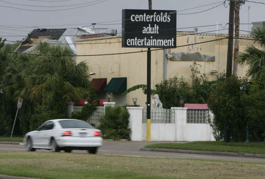 Centerfolds Adult Entertainment on Richmond is one the business that the city of Houston mailed notices of violation to on Thursday. The business was advised to cease operation immediately. Photo: Billy Smith II, CHRONICLE