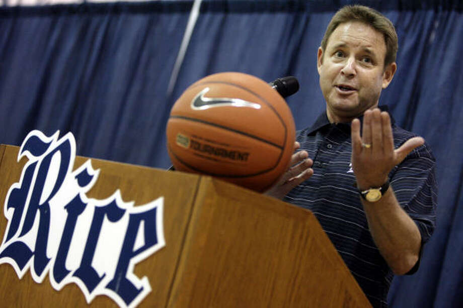 Ben Braun, who was introduced as the Owl's 23rd men's basketball coach at Monday's news conference, brings 552 career wins to Rice with him. Photo: Eric Kayne, Chronicle