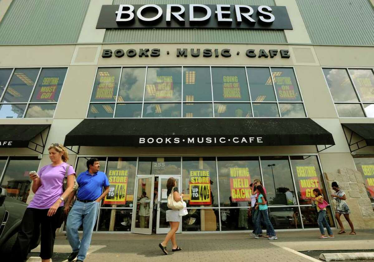 Borders bookstore in the Alamo Quarry shopping area is selling its stock as the retailer prepares to go out of business.