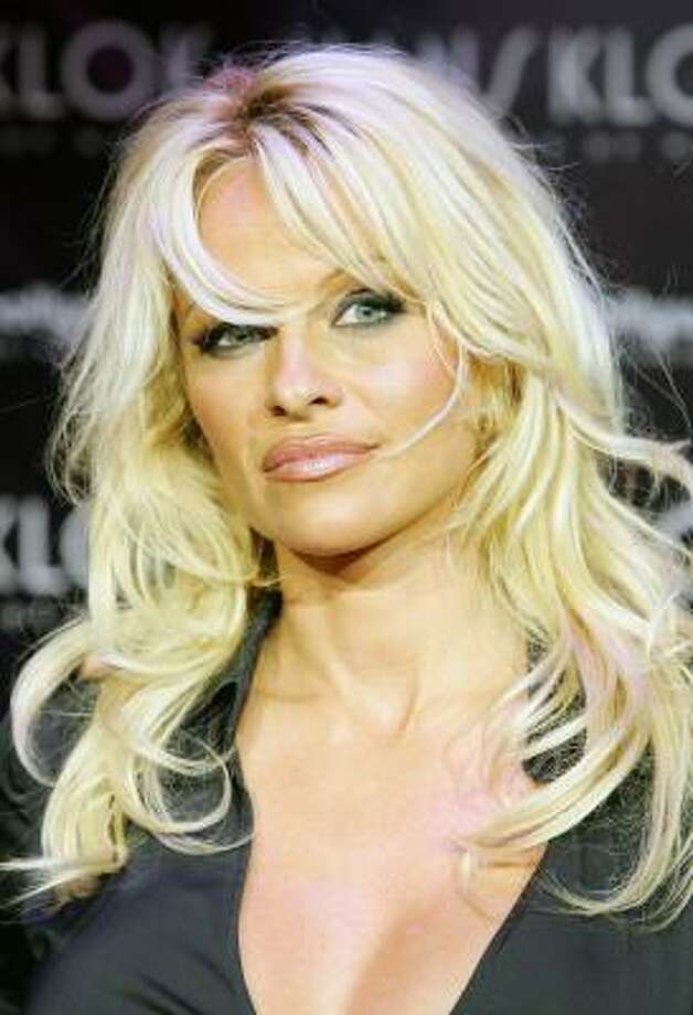 Pamela anderson nude pics pic 5