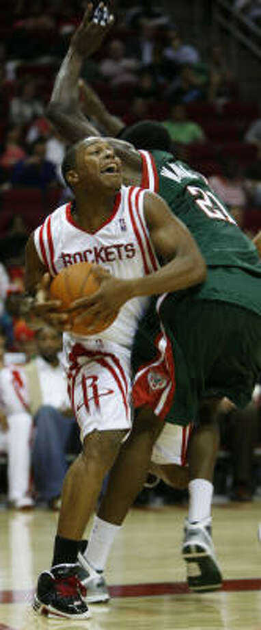 The Rockets struggled to score as they only made 37.8 percent of their shots. Photo: Karen Warren, Chronicle