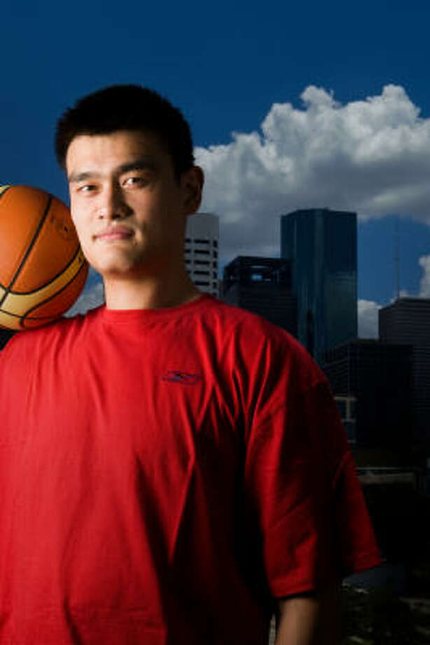 Yao Ming is a citizen of Houston and the world. He and other NBA players have made significant donations to earthquake relief in China. Photo: Smiley N. Pool, Chronicle