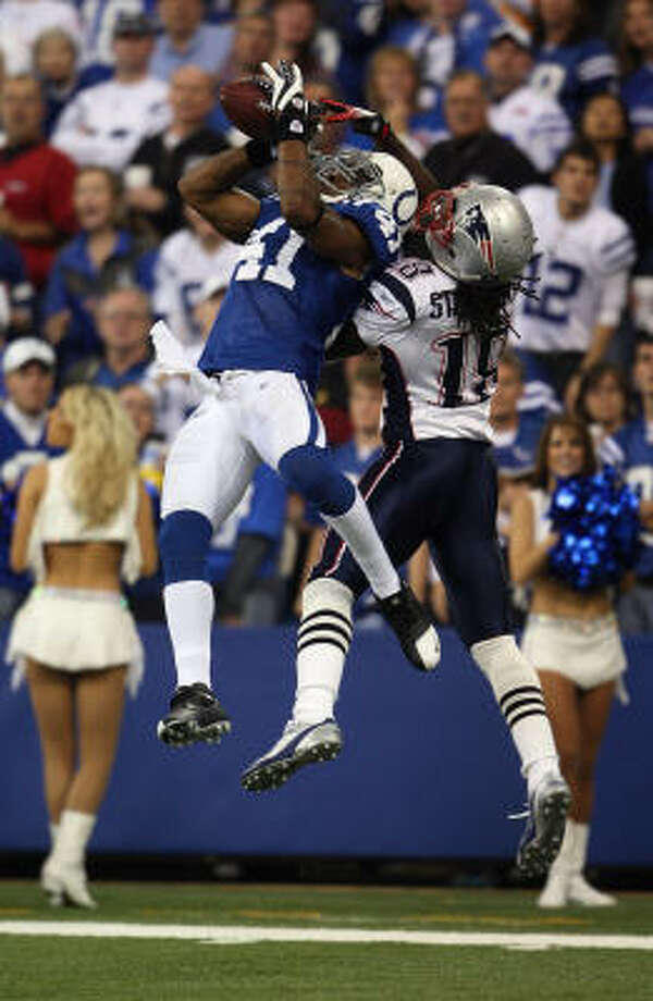 Sunday's Patriots-Colts game was the highest-rated football game on record with a Neilsen rating of 22.5 with a 39 share. The previous high was a Cowboys-49ers game in 1996. Photo: Andy Lyons, Getty Images