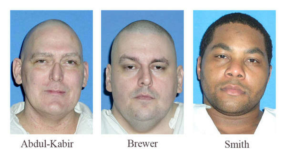The rulings in the cases of Jalil Abdul-Kabir, Brent Brewer and LaRoyce Smith said the New Orleans-based U.S. 5th Circuit Court of Appeals and the Texas Court of Criminal Appeals incorrectly analyzed whether faulty jury instructions prevented Texas juries from considering mitigating evidence that might have persuaded them to spare the men from execution.