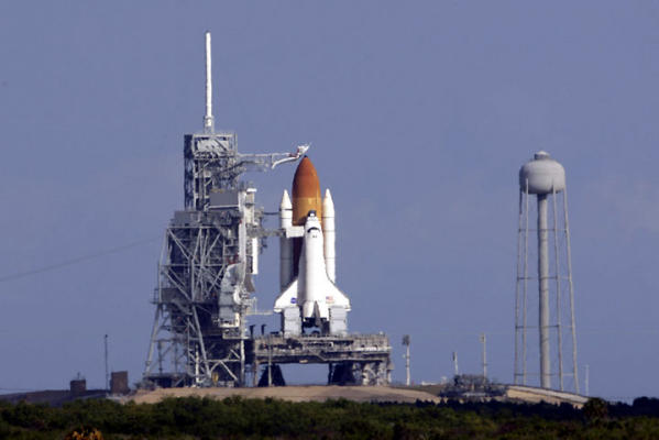 NASA plans launch-pad tests on shuttle - Houston Chronicle