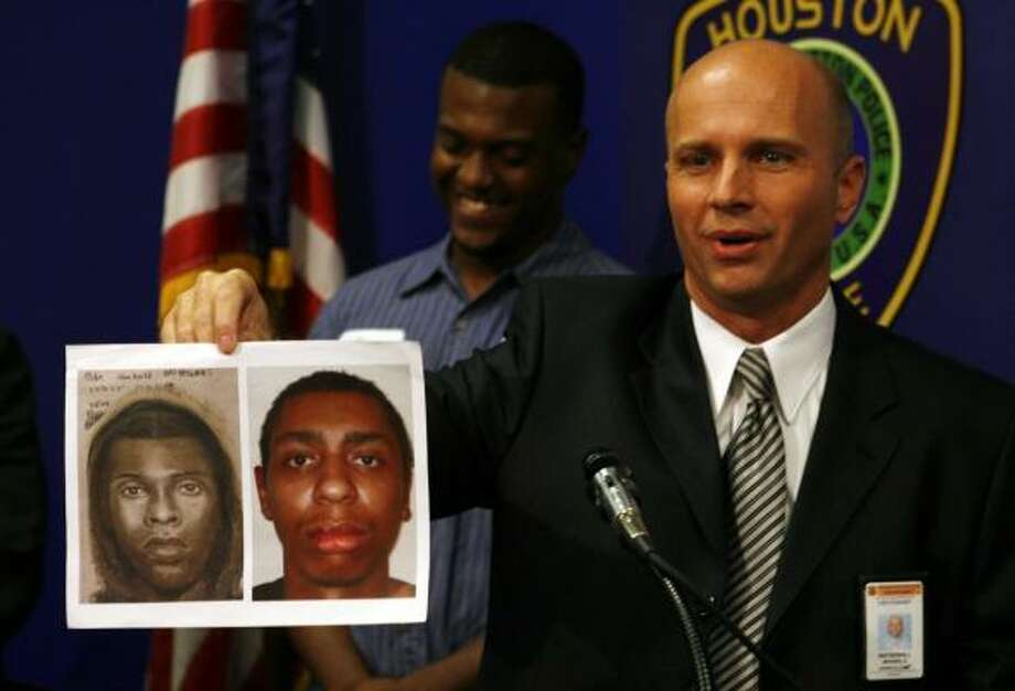 Houston police Lt. Mike Waterwall holds a police sketch and a photo of Marcus Duffy-Thompson, who faces charges including sexual assault. Standing behind him is Corey Williams, 22, who chased and detained the suspect after spotting him squatting near bushes. Photo: JAMES NIELSEN, CHRONICLE