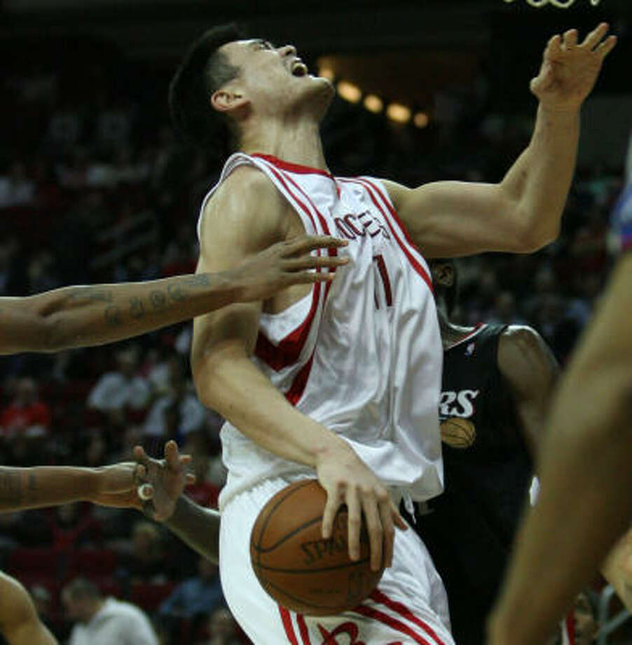Whether with Yao Ming or practically any other player on the roster, pain has been a problem throughout the Rockets' season. Photo: Billy Smith II, Chronicle