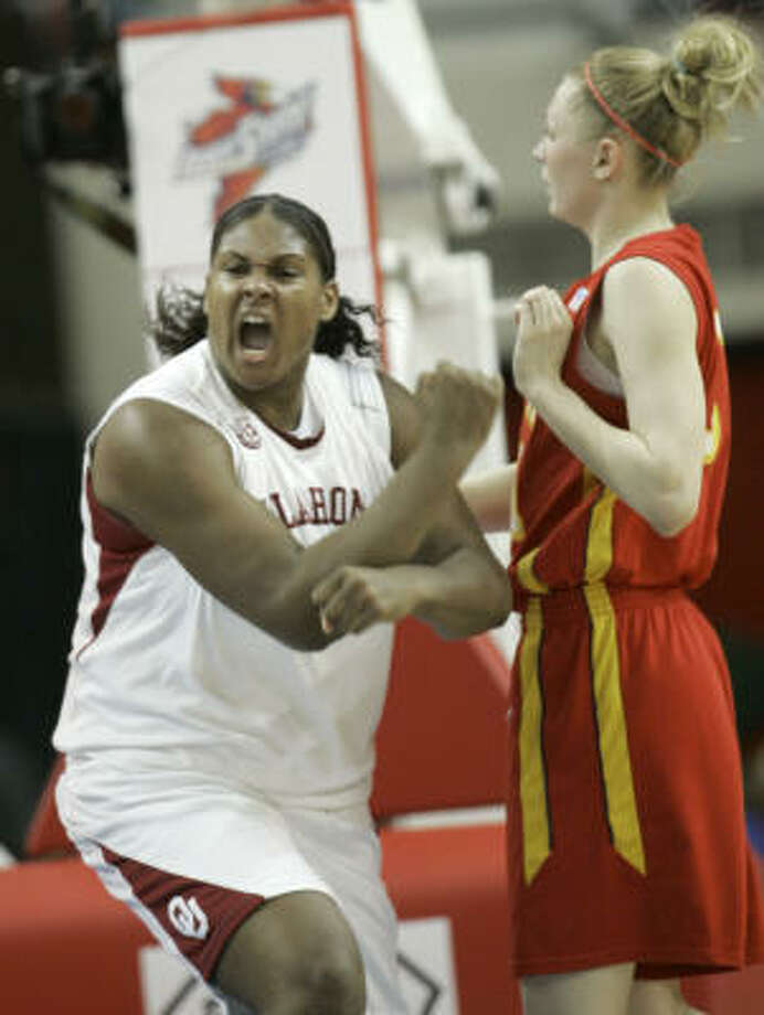 Courtney Paris and the Oklahoma Sooners have a chance to make a big splash in the Women's NCAA Tournament. Photo: Sue Ogrocki, AP
