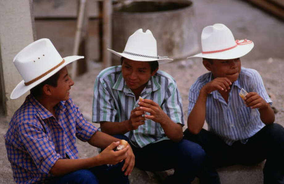Life moves easily in agricultural Copan Ruinas, Honduras, gateway to the Mayan ruins at Copan. Photo: Jonathon Selig, Lonely Planet Images