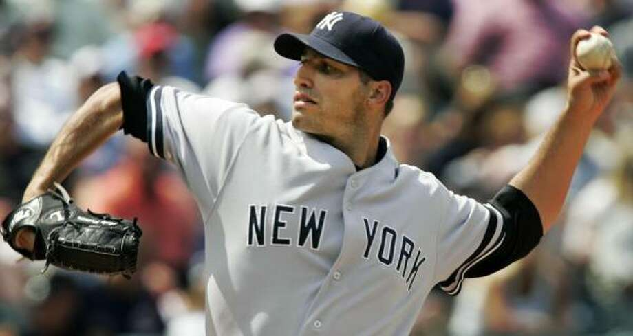 Even if the Rocket doesn't return, Astros fans will still get to see Andy Pettitte on the mound in Houston again. Photo: Mark Duncan, AP