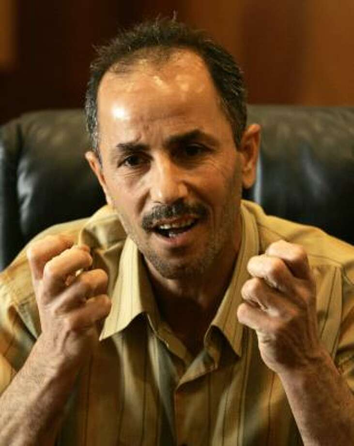 Emad al-Janabi on Monday describes his treatment at Abu Ghraib in 2003. Photo: MURAD SEZER, AP