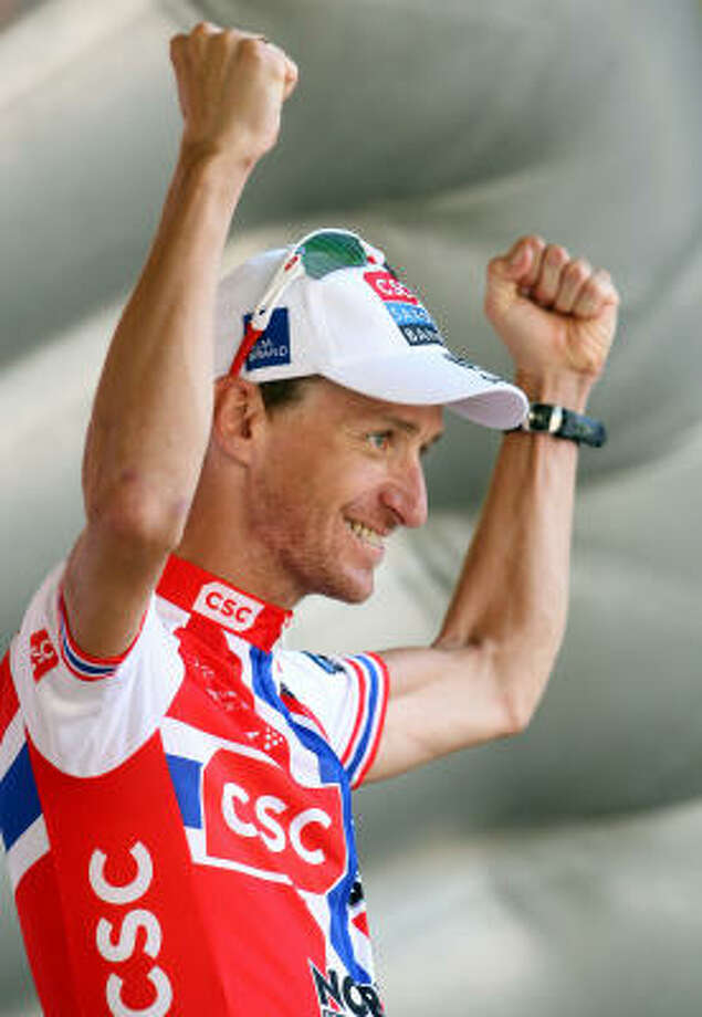Norway's Kurt-Asle Arvesen celebrates after winning stage 11 of this year's Tour de France on Wednesday. Photo: Jasper Juinen, Getty Images