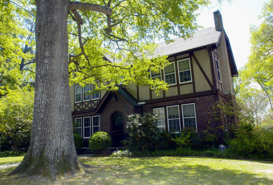 The home of author Eudora Welty in Jackson, Miss., is a National Historic Landmark and is now open for tours. Photo: ROGELIO SOLIS, Associated Press