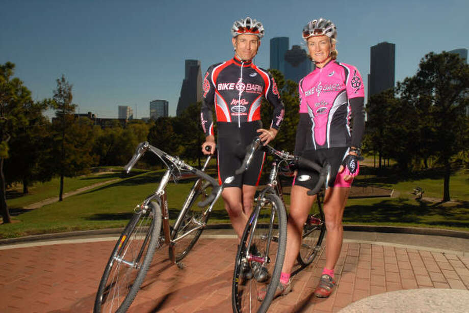 Cyclists Kevin Vincent and Lee Neathery are two of the Houston area's best cyclocross racers. Photo: Dave Rossman, For The Chronicle
