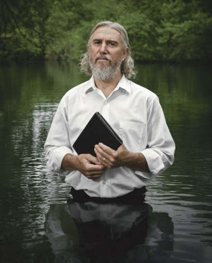 Garland Robertson: Mennonite. Peace activist. Texan. Photo: Randal Ford, The Amazing Faith Of Texas