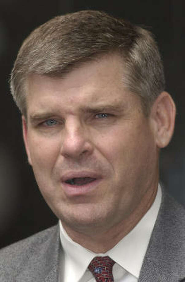 Michael Shelby, shown in July 2004, said he resigned as U.S. attorney in order to better support his family and pay for his daughters' college educations. Photo: Steve Ueckert, Chronicle File