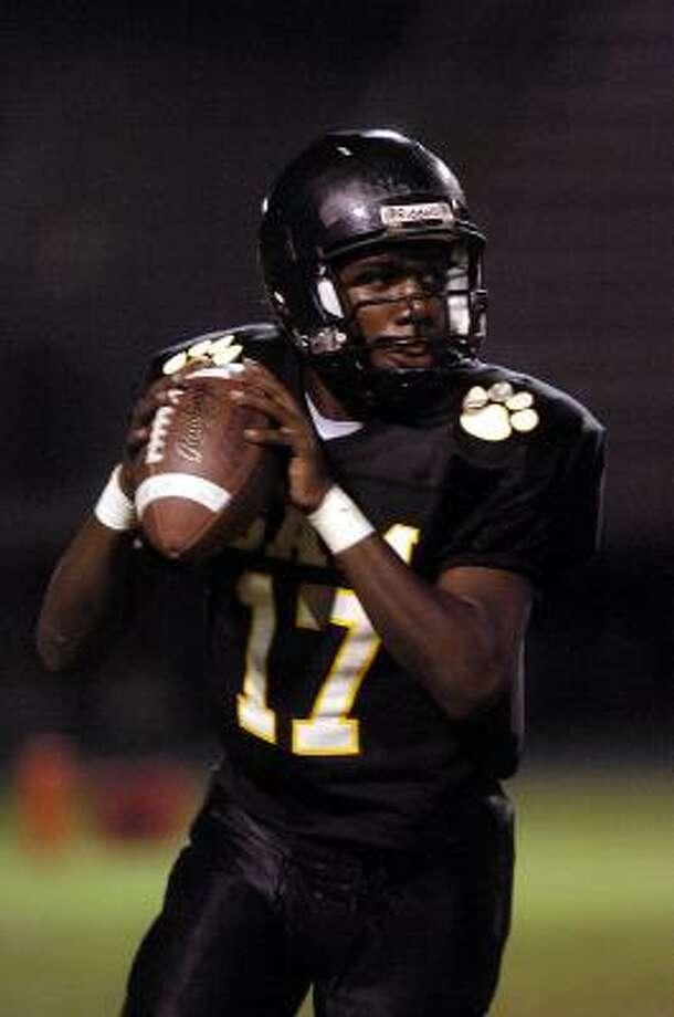 Sam Houston quarterback Darrell Ned. Photo: Dave Rossman, For The Chronicle