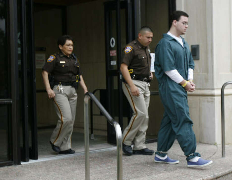 Murder suspect Matt McCombs walks out of the Fort Bend County Courthouse today. Photo: KAREN WARREN, Chronicle
