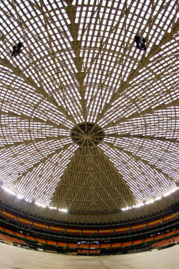 The Astrodome's famous roof, which allowed baseball to be played in any weather for the first time in 1965. Photo: Nick De La Torre, Chronicle