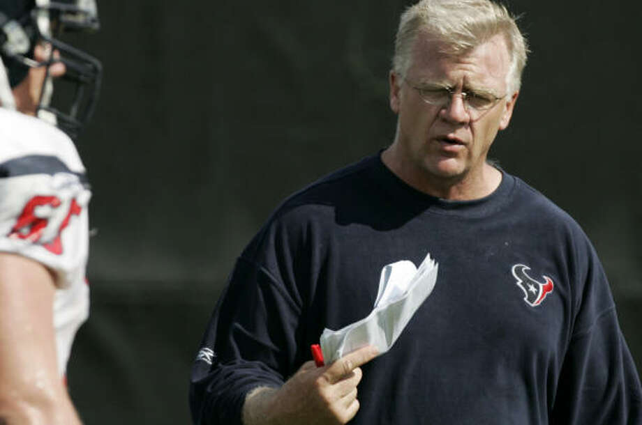 Mike Sherman won't be coaching in Arizona next season, but the Steelers have requested permission to speak with the Texans assistant. Photo: BRETT COOMER, CHRONICLE