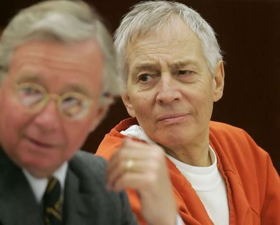 Dick DeGuerin convinced a jury that millionaire Robert Durst, right, killed and cut up a neighbor in self-defense. Photo: DAVID J. PHILLIP, ASSOCIATED PRESS FILE