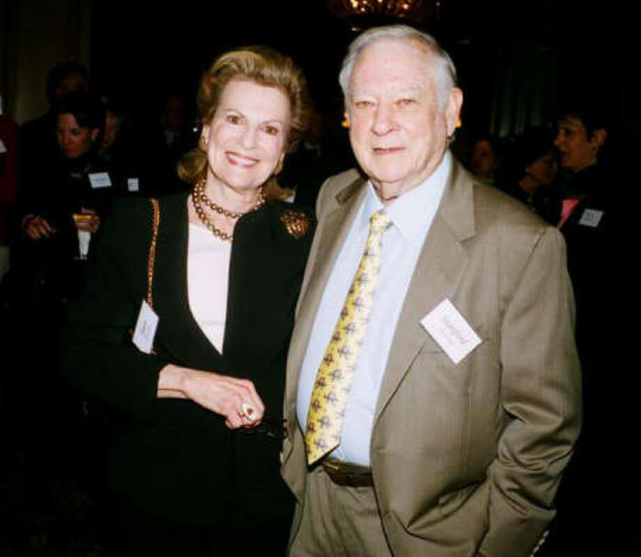 Joan and Stanford Alexander were honored for having made their third $100,000 gift to the United Way. Photo: PHYLLIS HAND