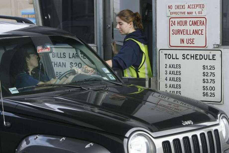 Toll-road foes note a possible $66 billion savings on road construction for the state's eight largest metro areas if the gas tax were raised to 28 cents and tied to the Highway Construction Index. Photo: CARLOS ANTONIO RIOS, Chronicle