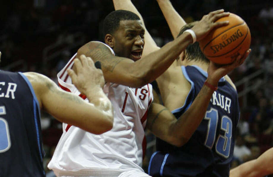Tracy McGrady scored 27 of his 44 points in the first half. Photo: KAREN WARREN, Chronicle