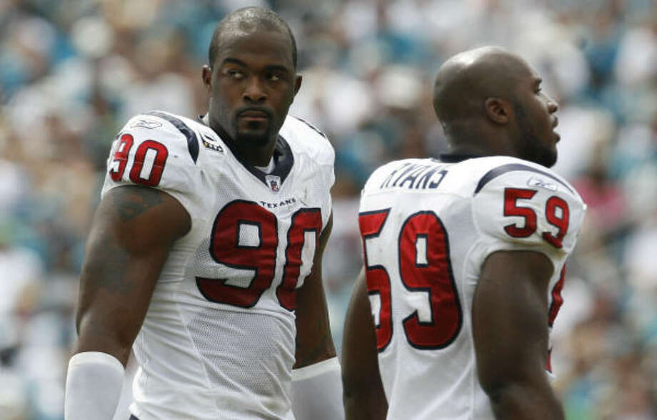 The Texans are 0-3 for the first time since 2006, when Mario Williams and DeMeco Ryans were rookies. They went on to finish 6-10 that season. Photo: Karen Warren, Chronicle