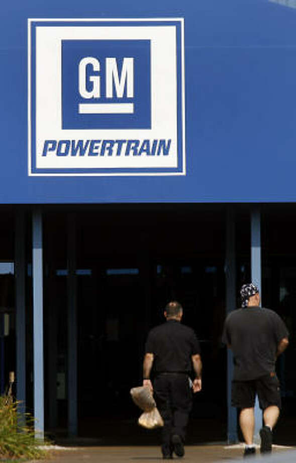 Said to be nearing a deal, GM, union resume talks - Houston
